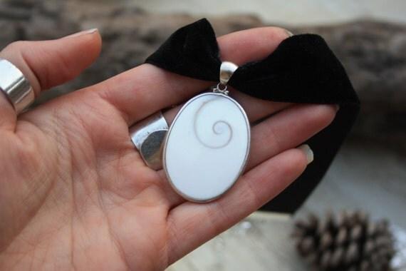 SHIVA EYE CHOKER -Chakra Necklace- Shiva Shell- Statement Necklace- Choker- Christmas- Gift- Spiritual- Crystal- Silver jewellery