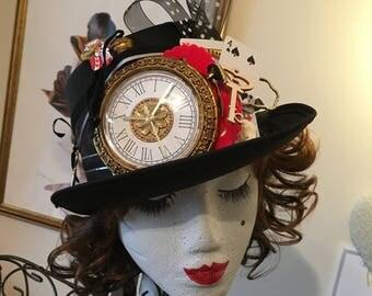 Alice In Wonderland Mad Hatter Black Top Hat Clock Queen Key Cards Red Heart