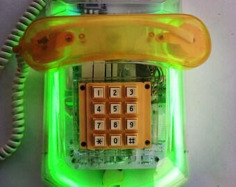Vtg NEON telephone // 80s Yuppie // Lucite Perspex Plexiglass // Green // Neon Lighting