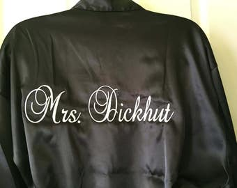 Personalized Embroidered Satin Brides or Mrs. ~ 12 Colors available, Satin , Bridal party, your personal Robe
