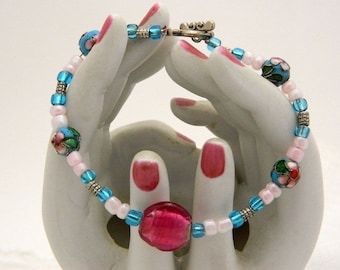 Turquoise and Pink Glass Bead Bracelet with Embossed Floral Beads