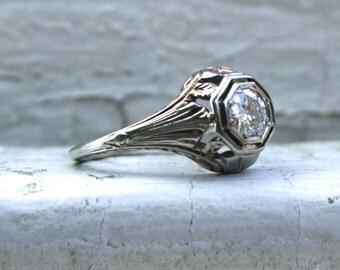Vintage Filigree 18K White Gold Solitaire Diamond Engagement Ring - 0.40ct