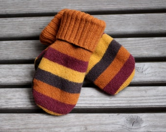 Child 3 to 5yr Wool Mittens, Sweater Mittens, Upcycled Wool Sweater Mittens, Fleece Lined kids mittens
