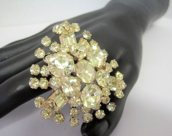 Juliana Yellow Brooch - D and E Jonquil Rhinestones - Mid Century - Emerald Shaped Stones - Multilayer - Puddling on Back