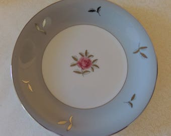 Vintage THREE 7.5 Inch Salad Plates Gray & Pink Bella Maria Seyei Fine China Japan 1950s Romantic Dining Inches Never Used Cottage Chic