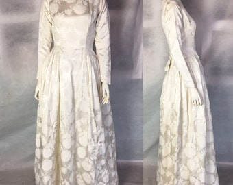 SALE! 1950s 1960s wedding dress