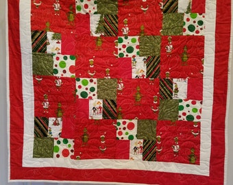 CHRISTMAS GRINCH QUILT On Sale Save 30%