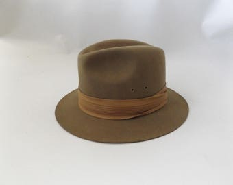 Camel Brown Wool Fedora Hat | Vintage 80s USA Made Safari Size L/Large Mens Womens Boaters Cap 1980s Preppy Hipster Unisex Hat Festival Boho