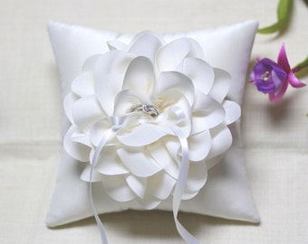 Ivory ring pillow, wedding ring pillow, ring bearer pillow, bridal ring pillow, wedding ceremony ring pillow, ring cushion