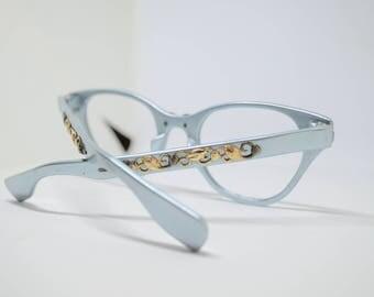 Vintage Aluminum Made in Japan Flower detail Glasses (no lenses)
