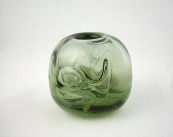 Mid Century Modern Studio Art Glass Sculpture by Stauffer, Signed