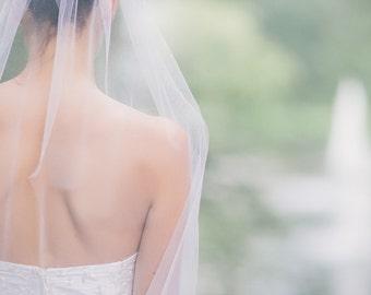 Bridal veil in ivory
