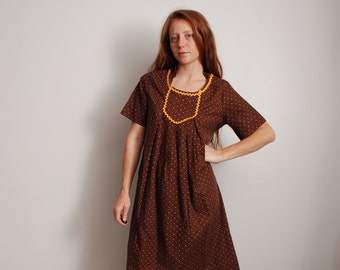 70s small hand made boho hippie hippy festival chic free form peasant smock dress flower print brown yellow womens vintage fashion clothing