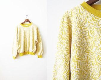 90s Sweatshirt / Crewneck / Pullover Sweatshirt / Rose Sweatshirt / Yellow white 1990s Slouchy Sweatshirt