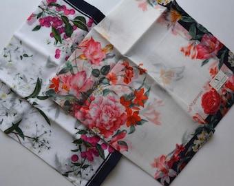 Pair of cotton handkerchiefs, floral, made in Japan, Valentino Garavani #7