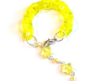 Comet Tail - Bright Translucent Yellowl Plastic Chain Bracelet with Star Beads