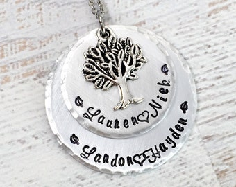 Mom Necklace - Family Tree Necklace - Mother's Day Gift - Personalized Necklace - Mother Necklace - Grandma Necklace - Kids Names Necklace