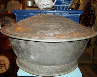 Vintage Metal Bread Rising Pan