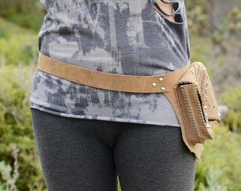 rusty leather pocket belt .