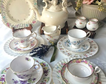 Beautiful English Mismatched Tea Set for 4 Eighteen Pieces Alice  n Wonderland Instant Tea Part