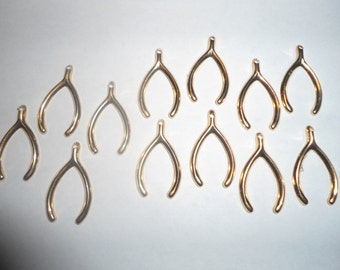 12 Goldplated Wishbone Charms