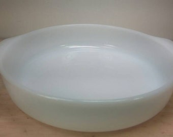 Fire King Milk Glass Round Casserole Dish in Excellent Condition!