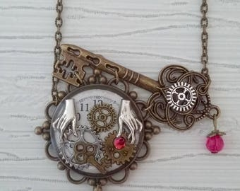 "Necklace pendant ""mechanical hands"" steampunk"