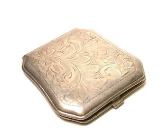Vintage Sterling Silver Compact - Weight 84.4 Grams - Make up - Accessories - Silver Compact # 1359