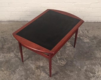 Mid-Century Danish Modern End Table / Side Table / Nightstand With Black Top - SHIPPING NOT INCLUDED
