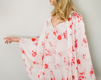 Fleur d'amour. Pure silk Noguchi kimono robe and long camisole. Floral silk long womans robe. Wedding Bridal lingerie Gift for her