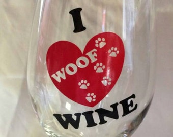 ON SALE!! I Woof Love Heart Wine Pet Paw Prints Themed 20 oz Wine Glass