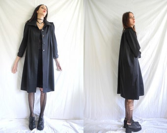 90's goth/minimal black 3/4 length A line/trapeze mac/duster/trench