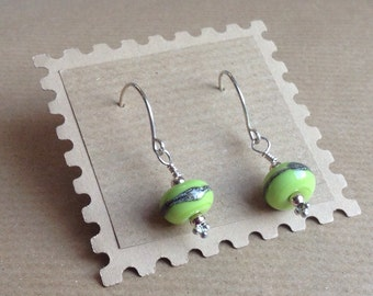 Green Earrings, Light Green lampwork Bead Earrings, Green Lampwork Earrings, Green Dangle Earrings, Green Drop Earrings, Dangle Earrings