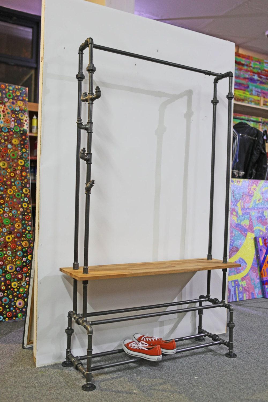 industriedesign schuhregal regal stahl buchenholz garderobe. Black Bedroom Furniture Sets. Home Design Ideas
