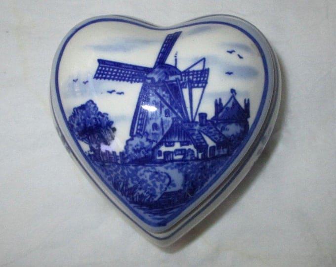 "Elesva Holland Hand Painted Delft Blue Heart Shaped Trinket Box + Lid, 2-3/8"", Windmill (c. 1970s)"