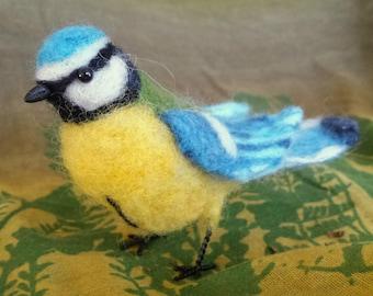 Needle felted bird, Eurasian Blue Tit - Cyanistes caeruleus