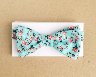 Aqua Bow Tie with Red Roses