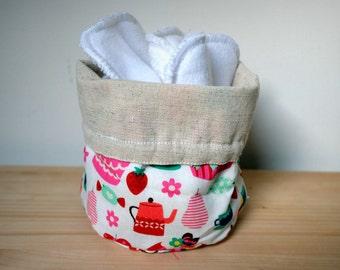 panier de rangement + option lingettes lavables éponge/micropolaire. trousse de toilette. cadeau pour elle. écoresponsable le panda volant