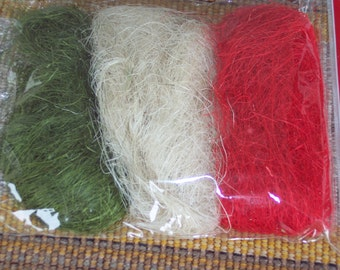 Colored sisal,red,natural,green,appx 1.5oz, 108.5 cubic inches,Valentine's,St. Patrick's,spring crafts,florals,holiday crafts,basket filler