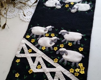 "The Sheep Are In The Meadow! Wool Applique Table Runner Pattern (pattern only) 11"" x 30""Finished"