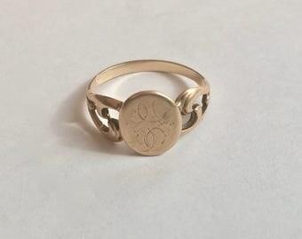 antique 10k gold signet ring, size 8.25