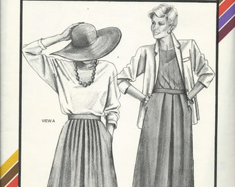 Uncut Vintage Sewing Pattern #470 - PLEATED SKIRT - Stretch & Sew, Ann Person 1985, Hip Sizes 32-48 - With Variations - Opents thru Pockets