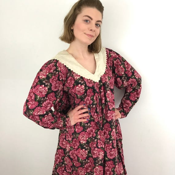 Vintage Laura Ashley dress pink floral smock A line loose dress LARP steam punk historical feel traditional cut lace collar UK 12