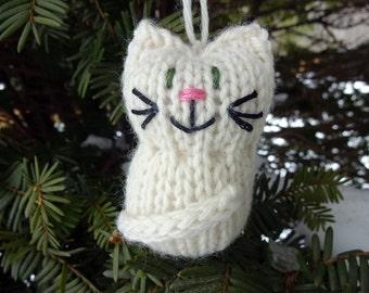 Cream Kitten Ornament, Handmade Knit, Hanging Decoration, Christmas Tree Trim, Rustic Decor, All Year Decoration