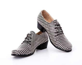 women's shoes, Leather shoes with chunky heels, handmade wide footwear , ON SALE 20%