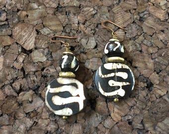 Afrocentric Jewelry - Kenyan Batik Bone Earrings