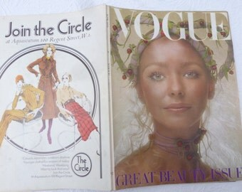 Magazine Vogue UK history fashion magazine womens collectibles vintage Vogue 70s memorabilia fashion June gift for her vintage edition 1970.