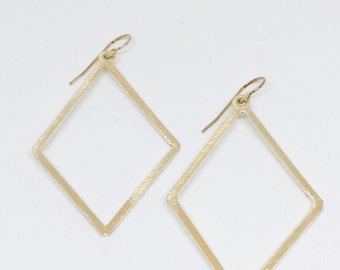 Simple Diamond Earrings