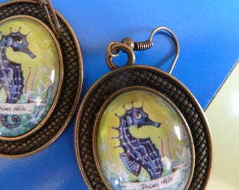 "Glass cabochon Earrings Seahorse ""Prince Noir"""