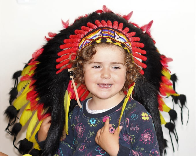 K30 -  For Kid / Children 5-8 years old: black ,red and yellow Chief indian Feather Headdress  for the little ones